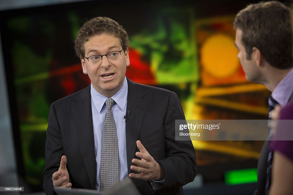 Jonathan Beinner, chief investment officer and co-head of global fixed income at Goldman Sachs Asset Management, speaks during a Bloomberg Television interview in New York, U.S., on Wednesday, April 10, 2013. The yen weakening to 130 per dollar isn't an unreasonable prospect given the Bank of Japan's intent to beat deflation and double the nation's monetary base, according to Beinner. Photographer: Scott Eells/Bloomberg via Getty Images