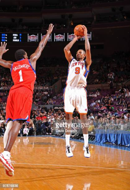 Jonathan Bender of the New York Knicks shoots against Samuel Dalembert of the Philadelphia 76ers on March 19 2010 at Madison Square Garden in New...