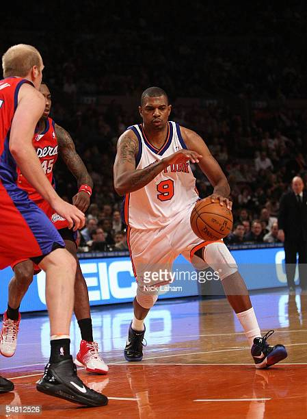 Jonathan Bender of the New York Knicksdrives to the basket against the Los Angeles Clippers at Madison Square Garden on December 18 2009 in New York...