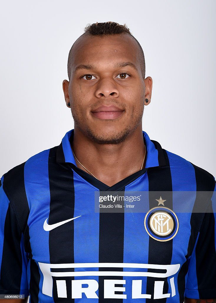 <a gi-track='captionPersonalityLinkClicked' href=/galleries/search?phrase=Jonathan+Biabiany&family=editorial&specificpeople=5973634 ng-click='$event.stopPropagation()'>Jonathan Biabiany</a> of FC Internazionale poses for his Serie A 2015-2016 season official headshot at Riscone di Brunico on July 14, 2015 in Bruneck, Italy.