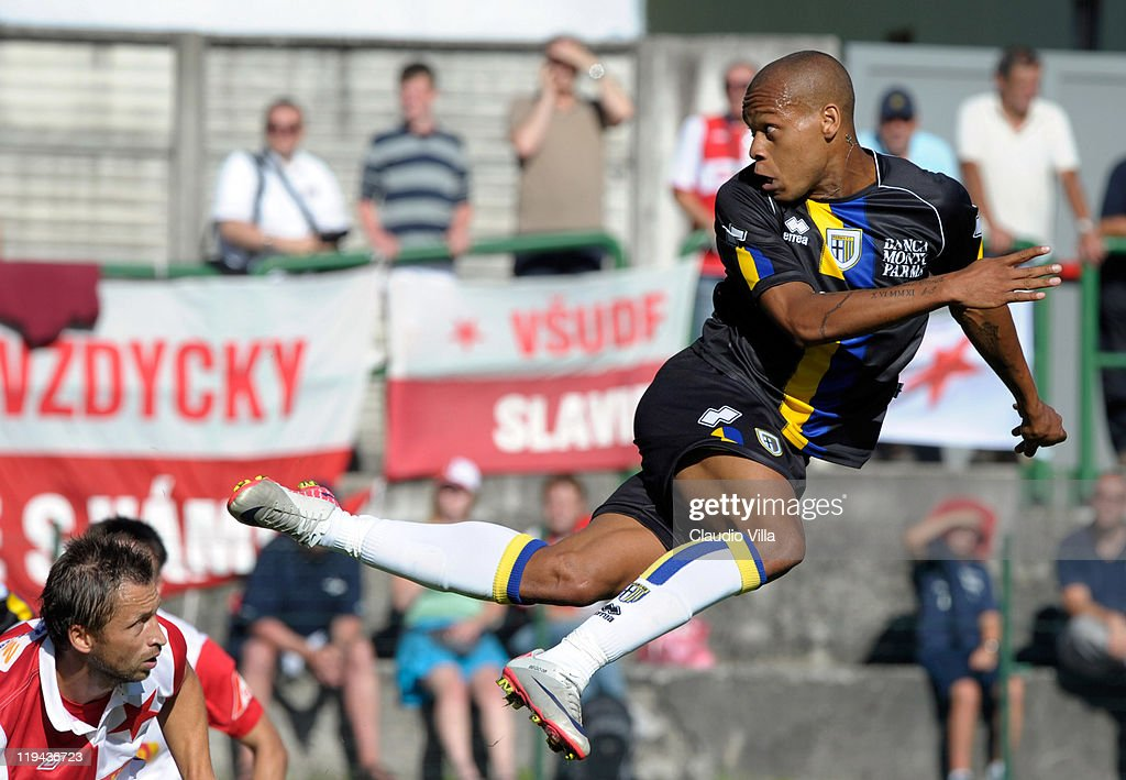 <a gi-track='captionPersonalityLinkClicked' href=/galleries/search?phrase=Jonathan+Biabiany&family=editorial&specificpeople=5973634 ng-click='$event.stopPropagation()'>Jonathan Biabiany</a> of Parma FC in action during a pre-season friendly match between Parma FC and SK Slavia Praha on July 20, 2011 in Levico Terme, near Trento, Italy.