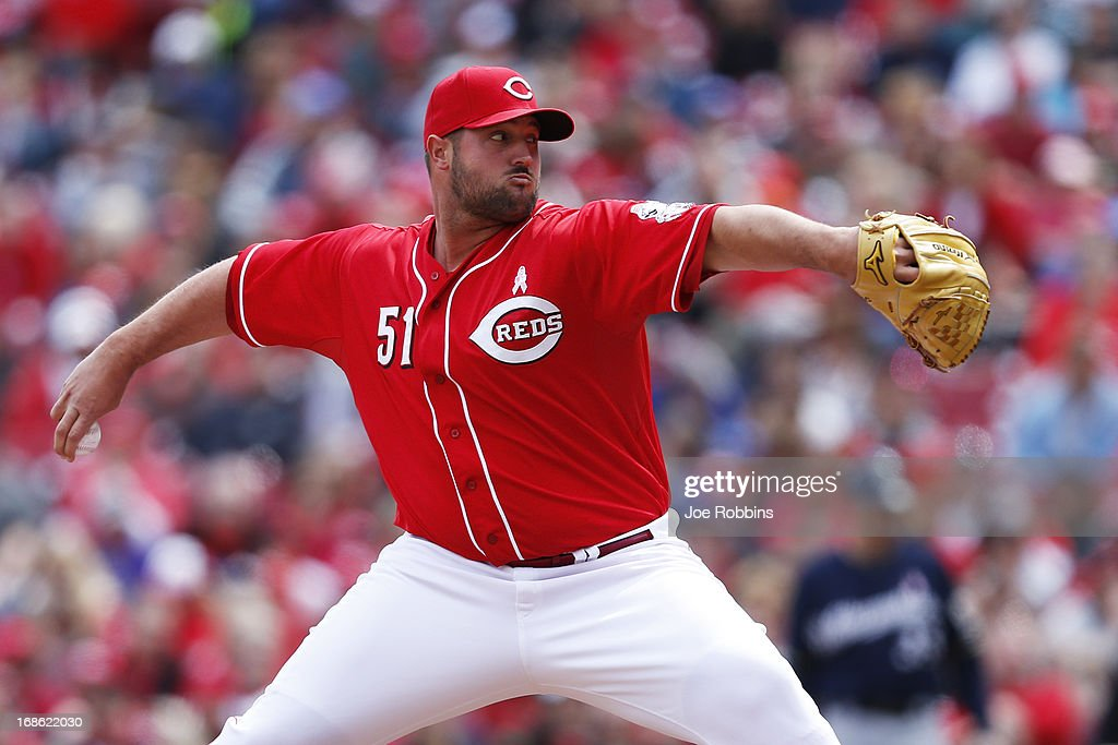 <a gi-track='captionPersonalityLinkClicked' href=/galleries/search?phrase=Jonathan+Broxton&family=editorial&specificpeople=551385 ng-click='$event.stopPropagation()'>Jonathan Broxton</a> #51 of the Cincinnati Reds pitches against the Milwaukee Brewers during the game at Great American Ball Park on May 12, 2013 in Cincinnati, Ohio. The Reds won 5-1.