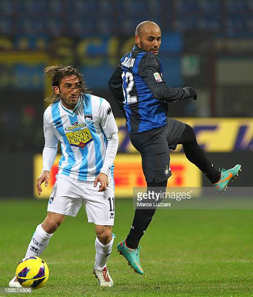 Jonathan Cicero Moreira of FC Internazionale Milano competes for the ball with Francesco Modesto of Pescara Calcio during the Serie A match between...
