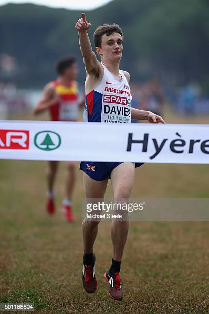 Jonathan Davies of Great Britain celebrates victory in the U23 Men's race during the Spar European Cross Country Championships on December 13 2015 in...