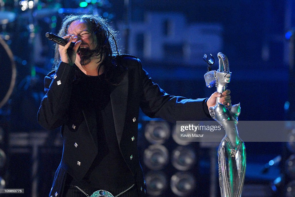 Jonathan Davis of Korn during Nick Cannon Young Jeezy Korn The Game 44 and Rise Against Perform for 3000 Youth Volunteers at Boost Mobile RockCorps...