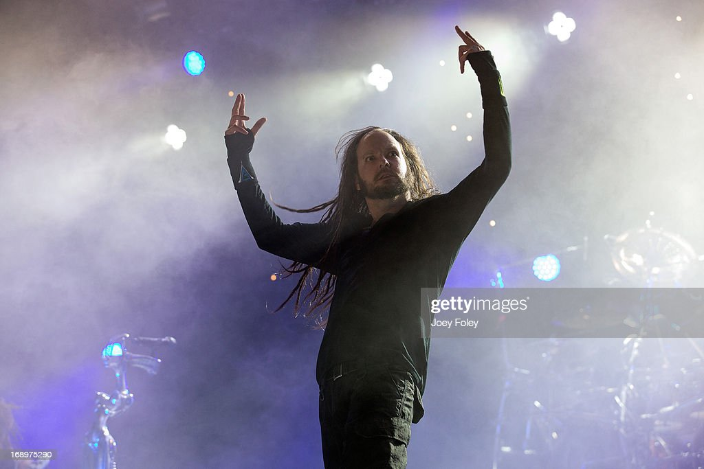 <a gi-track='captionPersonalityLinkClicked' href=/galleries/search?phrase=Jonathan+Davis&family=editorial&specificpeople=221592 ng-click='$event.stopPropagation()'>Jonathan Davis</a> of Korn performs during 2013 Rock On The Range at Columbus Crew Stadium on May 17, 2013 in Columbus, Ohio.