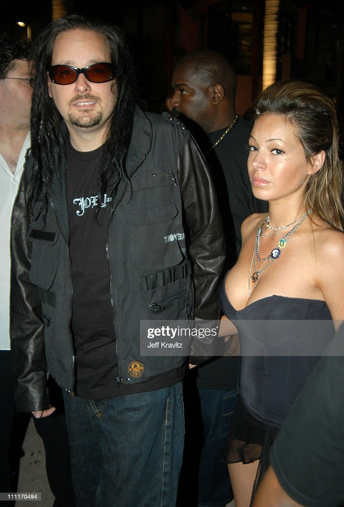 Jonathan Davis of Korn with his wife Deven during MTV Video Music Awards Latin America 2003 Red Carpet at Jackie Gleason Theater in Miami Beach...