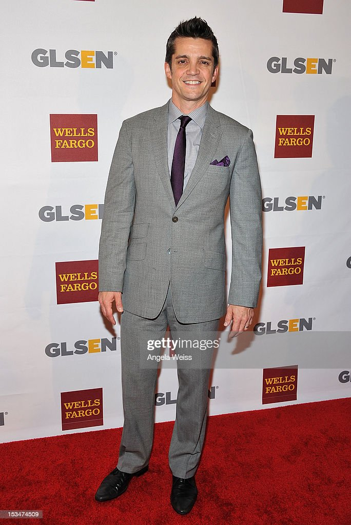 Jonathan Del Arco arrives at the 8th annual GSLEN Respect Awards at Beverly Hills Hotel on October 5, 2012 in Beverly Hills, California.