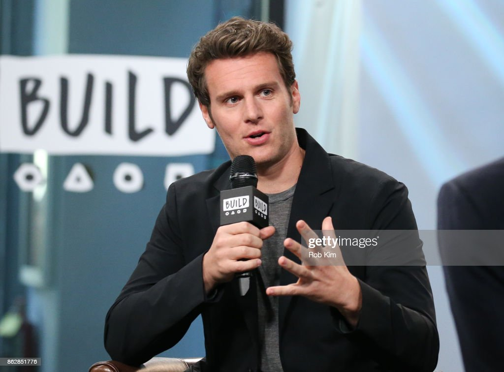 "Build Presents Jonathan Groff Discussing His Show ""Mindhunter"""