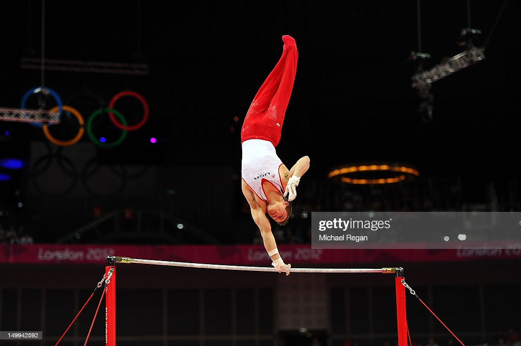 Jonathan Horton of the United States competes on the horizontal bar during the Artistic Gymnastics Men's Horizontal Bar final on Day 11 of the London...