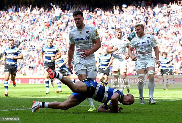 Jonathan Joseph of Bath dives over to score his team's opening try during the Aviva Premiership Final between Bath Rugby and Saracens at Twickenham...