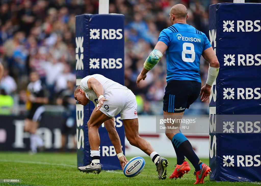 <a gi-track='captionPersonalityLinkClicked' href=/galleries/search?phrase=Jonathan+Joseph+-+Rugby+Player&family=editorial&specificpeople=11460526 ng-click='$event.stopPropagation()'>Jonathan Joseph</a> of England scores his team's third try during the RBS Six Nations match between Italy and England at the Stadio Olimpico on February 14, 2016 in Rome, Italy.