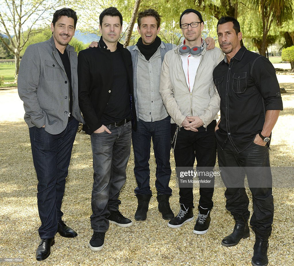 <a gi-track='captionPersonalityLinkClicked' href=/galleries/search?phrase=Jonathan+Knight&family=editorial&specificpeople=1041464 ng-click='$event.stopPropagation()'>Jonathan Knight</a>, <a gi-track='captionPersonalityLinkClicked' href=/galleries/search?phrase=Jordan+Knight&family=editorial&specificpeople=809007 ng-click='$event.stopPropagation()'>Jordan Knight</a>, <a gi-track='captionPersonalityLinkClicked' href=/galleries/search?phrase=Joey+McIntyre&family=editorial&specificpeople=650190 ng-click='$event.stopPropagation()'>Joey McIntyre</a>, <a gi-track='captionPersonalityLinkClicked' href=/galleries/search?phrase=Donnie+Wahlberg&family=editorial&specificpeople=220537 ng-click='$event.stopPropagation()'>Donnie Wahlberg</a>, and <a gi-track='captionPersonalityLinkClicked' href=/galleries/search?phrase=Danny+Wood&family=editorial&specificpeople=761327 ng-click='$event.stopPropagation()'>Danny Wood</a> of New Kids on the Block pose at Sutter Home Winery as part of Live In The Vineyard on April 6, 2013 in Napa, California.