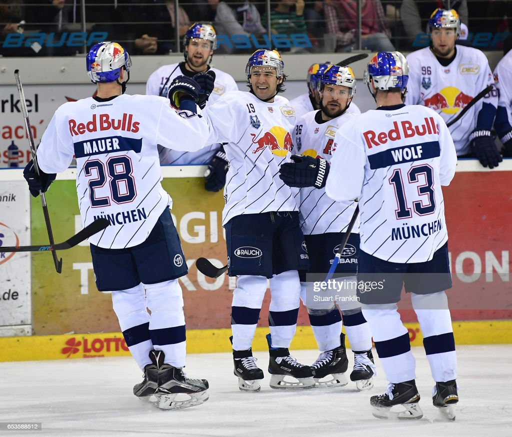 Fischtown Pinguins v EHC Red Bull Muenchen - DEL Playoffs Quarter Final Game 4
