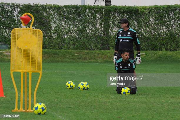 Jonathan Orozco of Santos warms up during the Pre Season training for the Torneo Apertura 2017 Liga MX at Hotel Iberostar on June 20 2017 in Cancun...