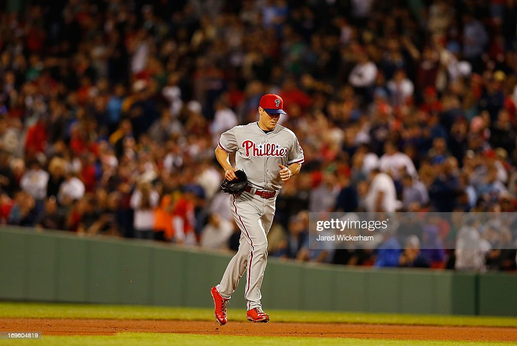 <a gi-track='captionPersonalityLinkClicked' href=/galleries/search?phrase=Jonathan+Papelbon&family=editorial&specificpeople=453535 ng-click='$event.stopPropagation()'>Jonathan Papelbon</a> #58 of the Philadelphia Phillies jogs into the infield for his save appearance against the Boston Red Sox, the first time he has been back at Fenway since playing for the Red Sox, during the interleague game on May 28, 2013 at Fenway Park in Boston, Massachusetts.