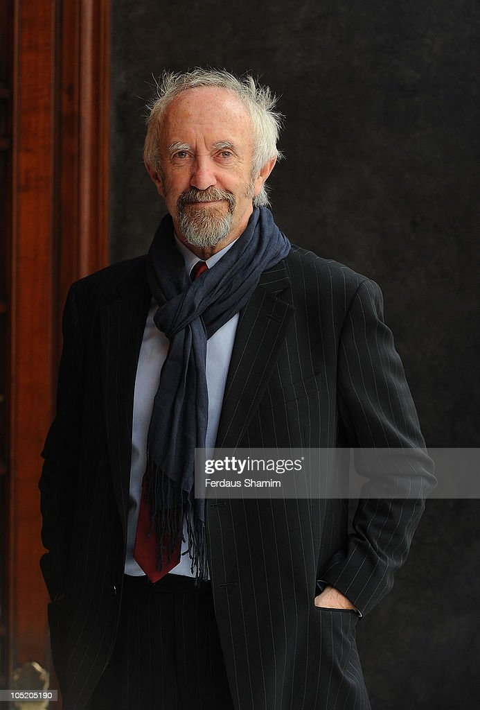 <a gi-track='captionPersonalityLinkClicked' href=/galleries/search?phrase=Jonathan+Pryce&family=editorial&specificpeople=209115 ng-click='$event.stopPropagation()'>Jonathan Pryce</a> celebrates the 100th birthday of London's Palladium Theatre at London Palladium on October 12, 2010 in London, England.