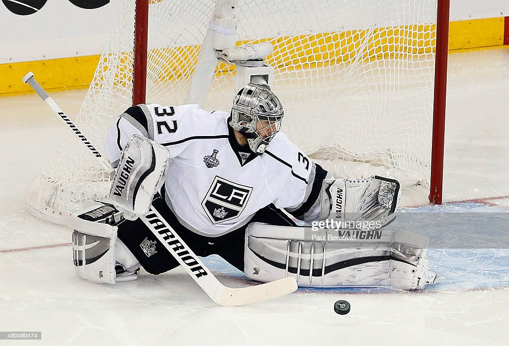 Jonathan Quick #32 of the Los Angeles Kings makes a save against the New York Rangers during the second period of Game Four of the 2014 NHL Stanley Cup Final at Madison Square Garden on June 11, 2014 in New York, New York.