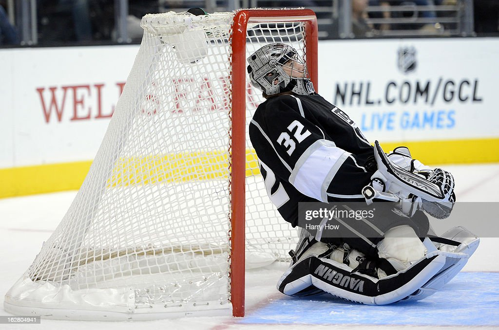 Jonathan Quick #32 of the Los Angeles Kings stretches during abreak in the game against the Colorado Avalanche at Staples Center on February 25, 2013 in Los Angeles, California.