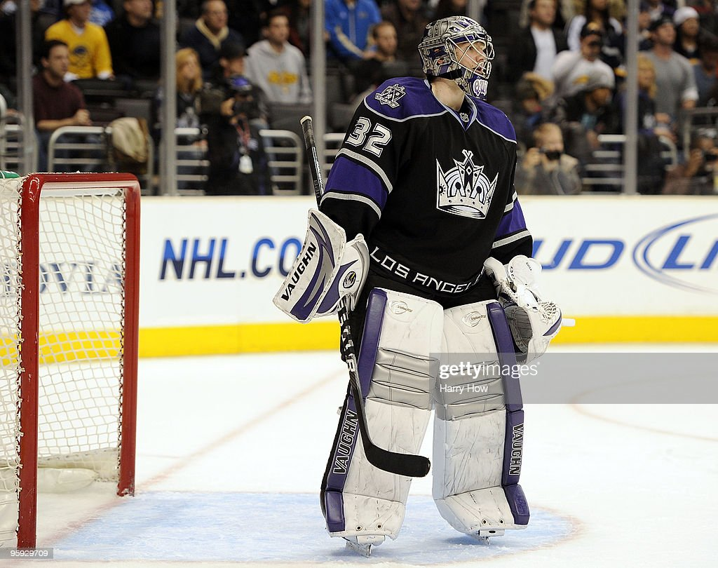 <a gi-track='captionPersonalityLinkClicked' href=/galleries/search?phrase=Jonathan+Quick&family=editorial&specificpeople=2271852 ng-click='$event.stopPropagation()'>Jonathan Quick</a> #32 of the Los Angeles Kings tends goal with a player's stick during a 4-3 win over the Buffalo Sabres during the overtime shootout period at the Staples Center on January 21, 2010 in Los Angeles, California.