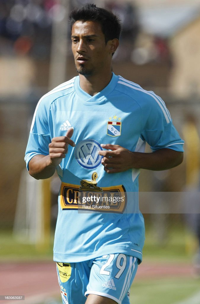 Jonathan Ramirez of Sporting Cristal during a match between Sport Huancayo and Sporting Cristal as part of The Torneo Descentralizado 2013 at the Huancayo Stadium on February 18, 2013 in Huancayo, Peru