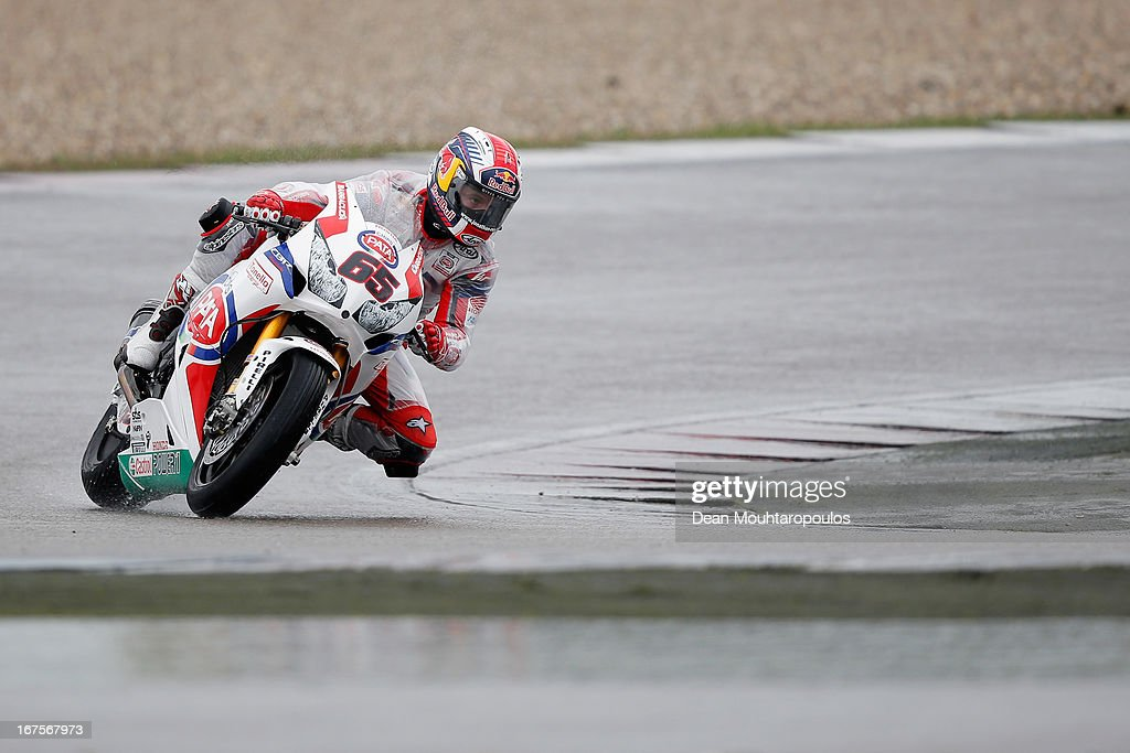 <a gi-track='captionPersonalityLinkClicked' href=/galleries/search?phrase=Jonathan+Rea&family=editorial&specificpeople=2643129 ng-click='$event.stopPropagation()'>Jonathan Rea</a> (#65) of Great Britain on the Honda CBR1000RR for Pata Honda World Superbike competes during the World Superbikes Practice Session at TT Circuit Assen on April 26, 2013 in Assen, Netherlands.