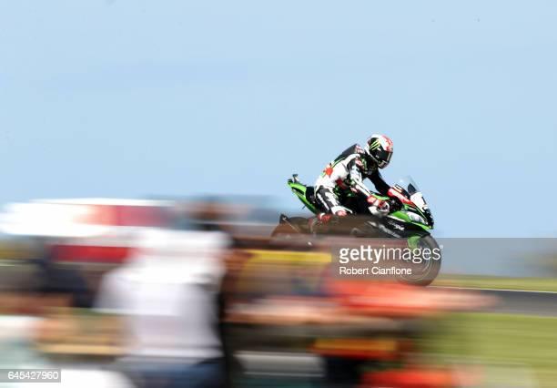 Jonathan Rea of Great Britain rides the Kawasaki Racing Team Kawasaki during race two of round one of the FIM World Superbike Championship at Phillip...