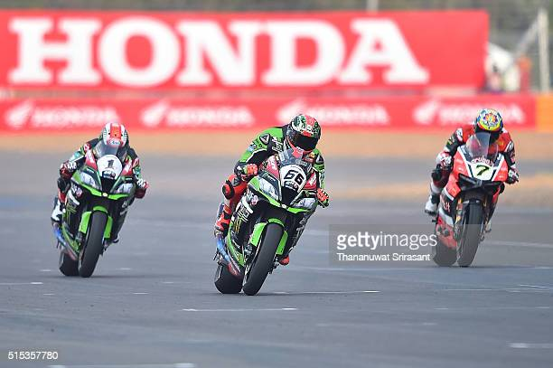 Jonathan Rea Tom Sykes and Chaz Davies of Great Britain competes during the Buriram World Superbike Championship on March 13 2016 in Buri Ram Thailand