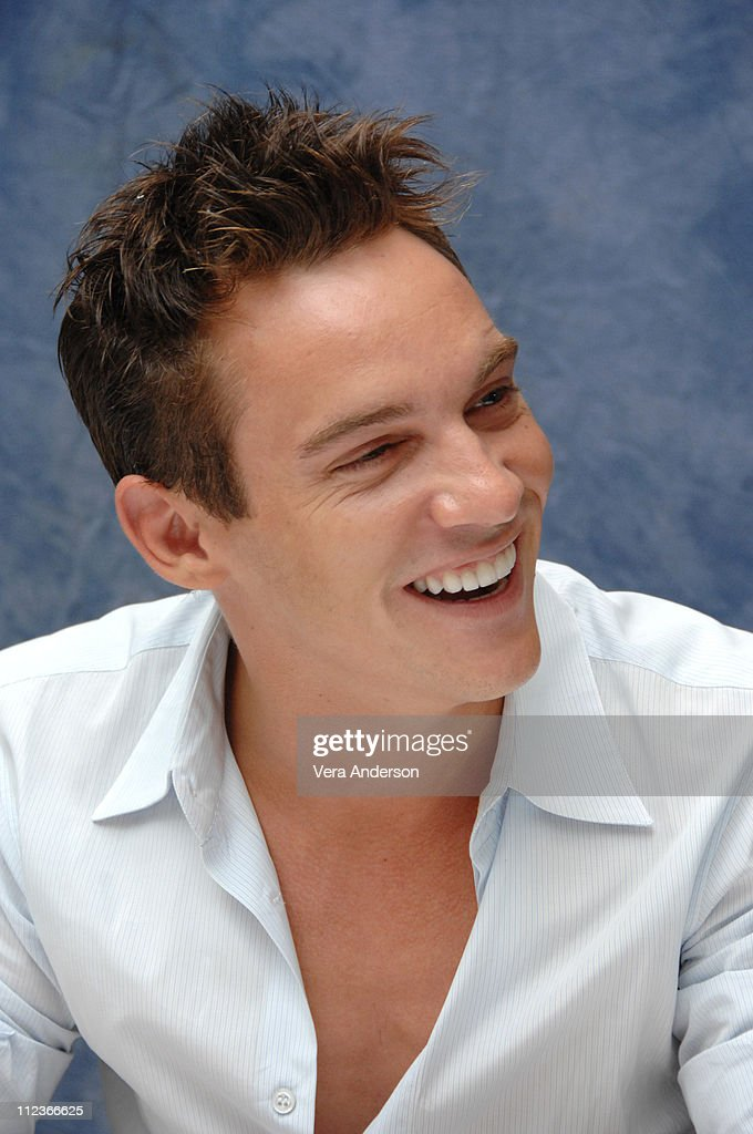 <a gi-track='captionPersonalityLinkClicked' href=/galleries/search?phrase=Jonathan+Rhys+Meyers&family=editorial&specificpeople=206662 ng-click='$event.stopPropagation()'>Jonathan Rhys Meyers</a> during 'The Tudors' Press Conference with <a gi-track='captionPersonalityLinkClicked' href=/galleries/search?phrase=Jonathan+Rhys+Meyers&family=editorial&specificpeople=206662 ng-click='$event.stopPropagation()'>Jonathan Rhys Meyers</a> and Sam Neill at Four Seasons in Beverly Hills, California, United States.