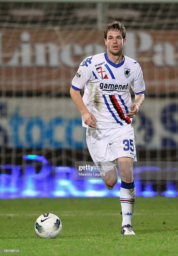 <a gi-track='captionPersonalityLinkClicked' href=/galleries/search?phrase=Jonathan+Rossini&family=editorial&specificpeople=5780827 ng-click='$event.stopPropagation()'>Jonathan Rossini</a> of Sampdoria during the Serie B match between Reggina Calcio and UC Sampdoria at Stadio Oreste Granillo on December 3, 2011 in Reggio Calabria, Italy.