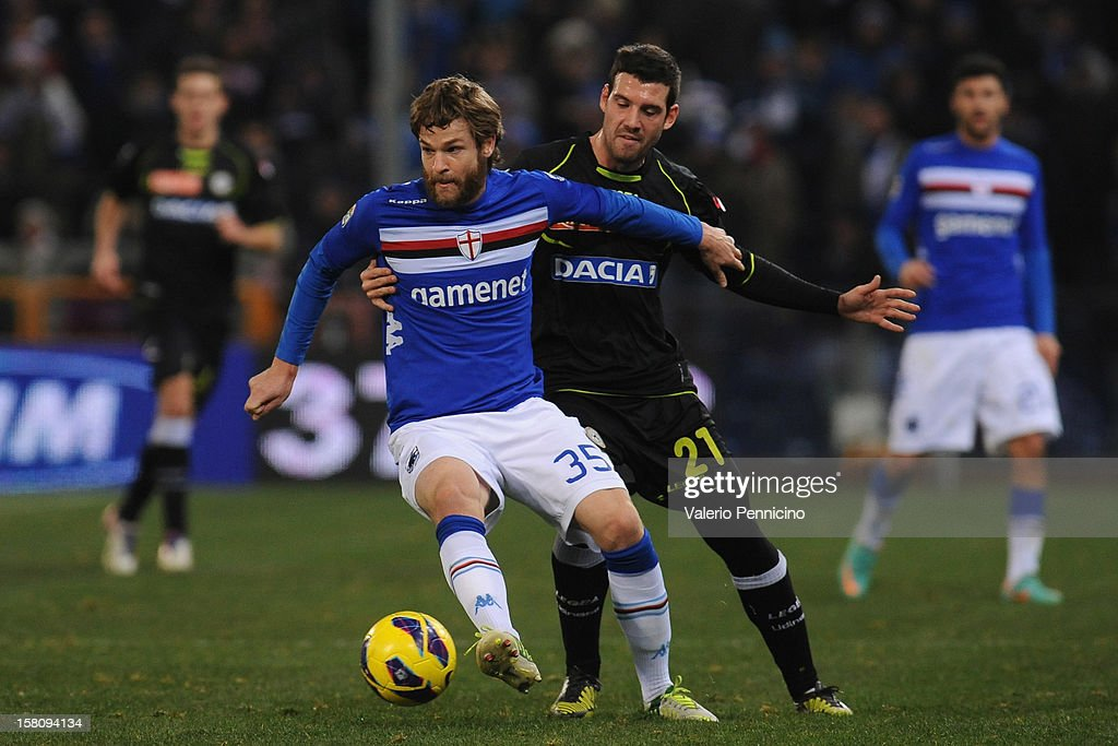 <a gi-track='captionPersonalityLinkClicked' href=/galleries/search?phrase=Jonathan+Rossini&family=editorial&specificpeople=5780827 ng-click='$event.stopPropagation()'>Jonathan Rossini</a> (L) of UC Sampdoria is challenged by Andrea Lazzari of Udinese Calcio during the Serie A match between UC Sampdoria and Udinese Calcio at Stadio Luigi Ferraris on December 10, 2012 in Genoa, Italy.