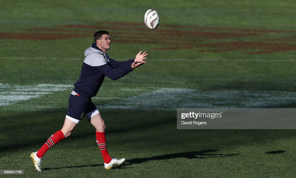 Jonathan Sexton catches the ball during the British & Irish Lions kicking session held at Ami Stadium on June 9, 2017 in Christchurch, New Zealand.
