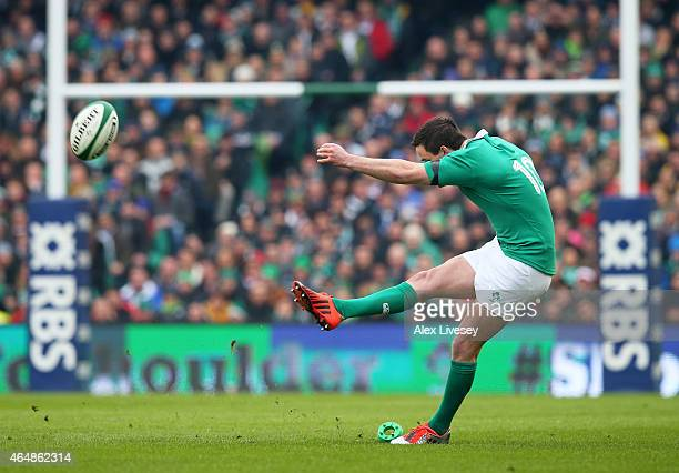 Jonathan Sexton of Ireland kicks a penalty to score the opening points during the RBS Six Nations match between Ireland and England at the Aviva...
