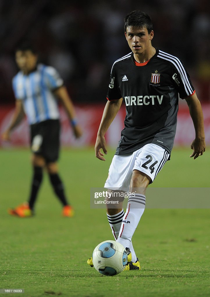 Jonathan Silva of Estudiantes de La Plata during a match between Estudiantes and Racing as part of the 7th round of the Torneo Final 2013 at Ciudad de La Plata stadium on March 30, 2013 in La Plata, Argentina.
