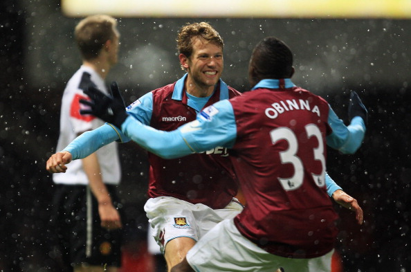 West Ham United v Manchester United - Carling Cup Quarter Final : News Photo