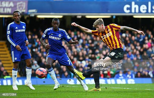 Jonathan Stead of Bradford City scores his team's first goal during the FA Cup Fourth Round match between Chelsea and Bradford City at Stamford...