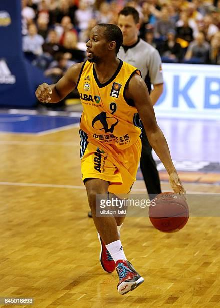 Jonathan Tabu Einzelbild Freisteller Aktion Sport Basketball BBL Bundesliga Herren Saison 2014 ALBA Berlin vs Crailsheim Merlins