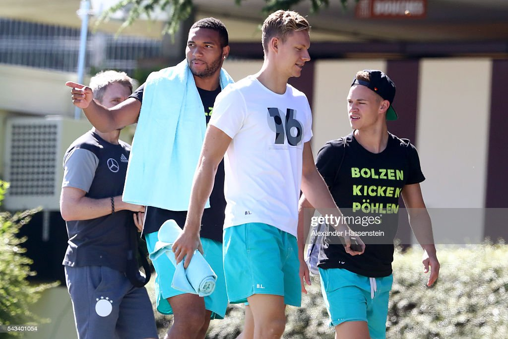 <a gi-track='captionPersonalityLinkClicked' href=/galleries/search?phrase=Jonathan+Tah&family=editorial&specificpeople=7917859 ng-click='$event.stopPropagation()'>Jonathan Tah</a>, <a gi-track='captionPersonalityLinkClicked' href=/galleries/search?phrase=Marc-Andre+ter+Stegen&family=editorial&specificpeople=5528638 ng-click='$event.stopPropagation()'>Marc-Andre ter Stegen</a> and <a gi-track='captionPersonalityLinkClicked' href=/galleries/search?phrase=Joshua+Kimmich&family=editorial&specificpeople=9479434 ng-click='$event.stopPropagation()'>Joshua Kimmich</a>of team Germany visits the public Evian swimming pool on June 28, 2016 in Evian-les-Bains, France.