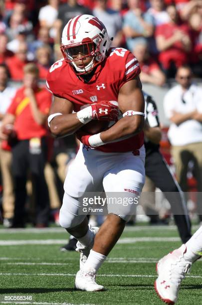 Jonathan Taylor of the Wisconsin Badgers rushes the ball against the Maryland Terrapins at Camp Randall Stadium on October 21 2017 in Madison...