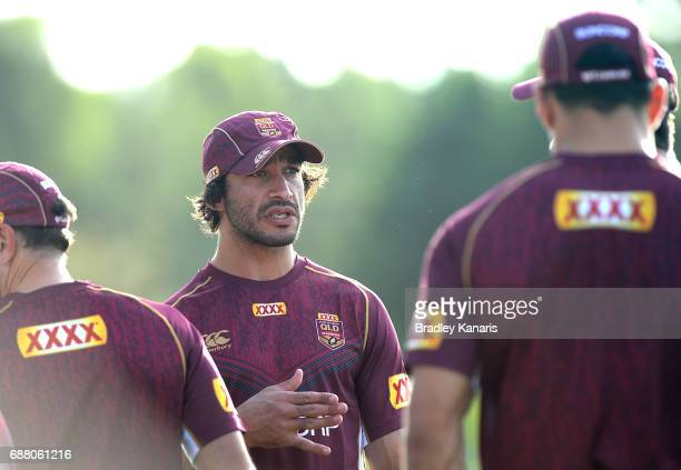 Jonathan Thurston talks tactics during a training session at InterContinental Sanctuary Cove Resort Training Field on May 25 2017 in Gold Coast...