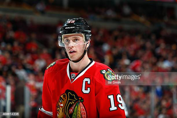 Jonathan Toews of the Chicago Blackhawks looks up the ice during the NHL game against the Los Angeles Kings at the United Center on March 30 2015 in...