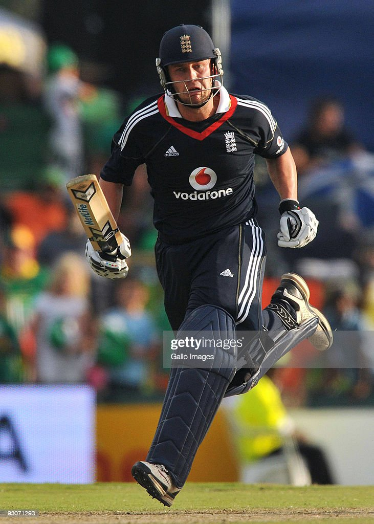Jonathan Trott of England runs through for his 50 during the 2nd Twenty20 international match between South Africa and England at SuperSport Park Stadium on November 15, 2009 in Centurion, South Africa.
