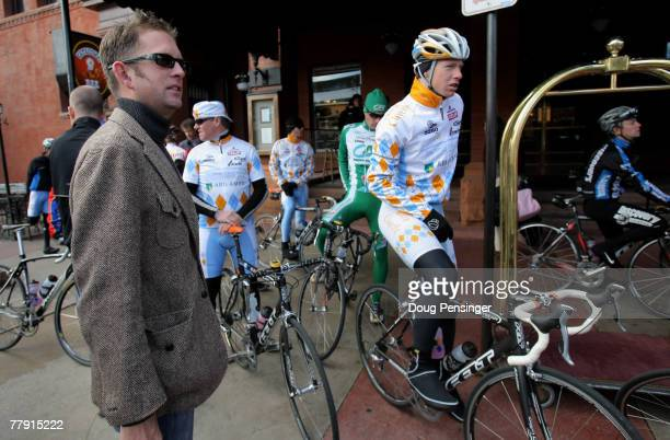 Jonathan Vaughters left CEO and Director Sportif prepares the members of the 2008 Slipstream/Chipotle Professional Cycling Team for a training ride...