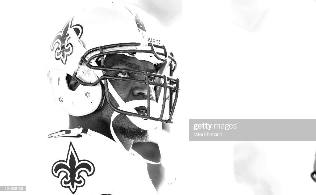 <a gi-track='captionPersonalityLinkClicked' href=/galleries/search?phrase=Jonathan+Vilma&family=editorial&specificpeople=206377 ng-click='$event.stopPropagation()'>Jonathan Vilma</a> #51 of the New Orleans Saints looks on during a game against the Tampa Bay Buccaneers at Raymond James Stadium on October 21, 2012 in Tampa, Florida.