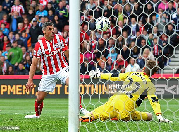 Jonathan Walters of Stoke City scores his team's third goal during the Barclays Premier League match between Stoke City and Liverpool at Britannia...