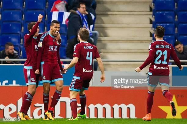Jonathas Cristian de Jesus of Real Sociedad de Futbol celebrates with his teammates Mikel Oyarzabal Asier Illarramendi and Hector Hernandez after...
