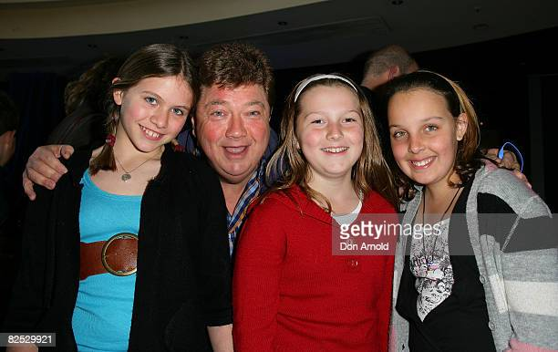 Jonathon Coleman and his children attend the Australian premiere of WALLE at the Hoyts Cinema in the Entertainment Quarter on August 24 2008 in...
