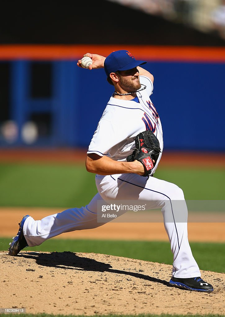 Jonathon Niese #49 of the New York Mets pitches to the Milwaukee Brewers during their game at Citi Field on September 29, 2013 in New York City.