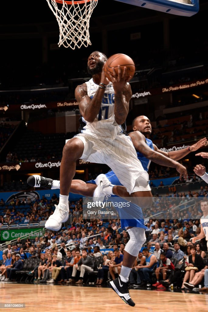 Jonathon Simmons #17 of the Orlando Magic goes to the basket against the Dallas Mavericks during a preseason game on October 5, 2017 at Amway Center in Orlando, Florida.