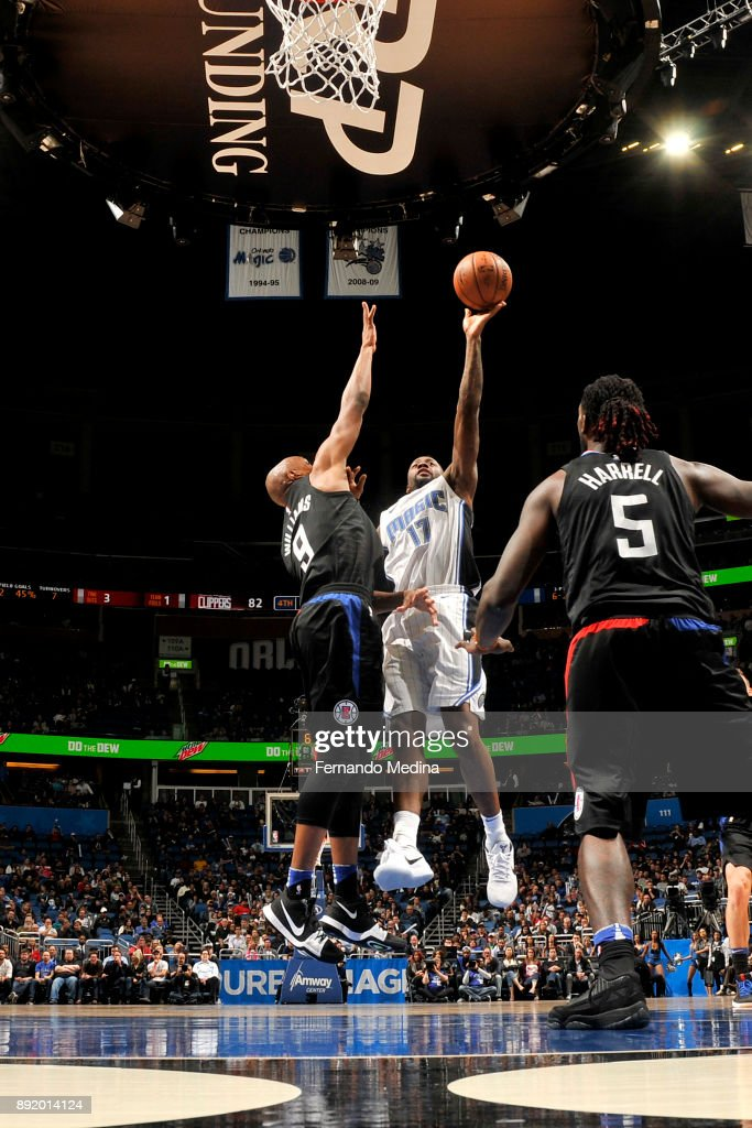 Jonathon Simmons #17 of the Orlando Magic shoots the ball against the LA Clippers on December 13, 2017 at Amway Center in Orlando, Florida.